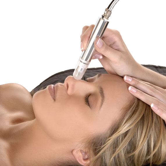 Frau, Behandlung, Gesicht, Nase, Anti-Aging