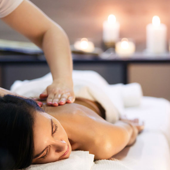 Frau, Massage, Öl, Hot Stone, Relaxing, Wellness